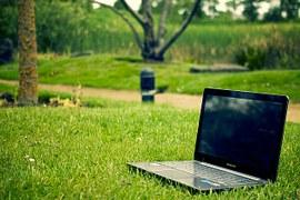 notebook-405755__180 7 consigli per scrivere comunicati stampa aziendali